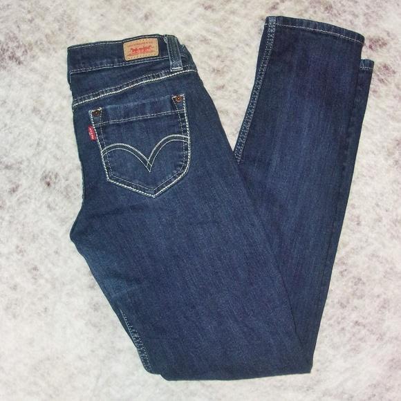 Levi's Denim - Levis Denim Jeans Size 7M Too super low